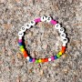 LOVE IS LOVE armband vitt